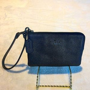 Coach Beautiful Brown Pebbled Leather Wristlet
